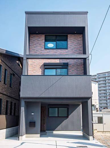 シンプル×インダストリアルの家外観画像
